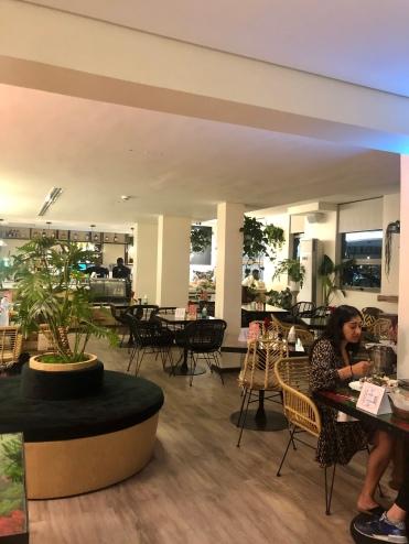 mariamshittu.com.Places in Lagos: Flowershop Cafe